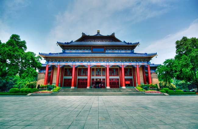 Sun Yat-Sen Memorial Hall is one of the most recognizable landmarks of Guangzhou.